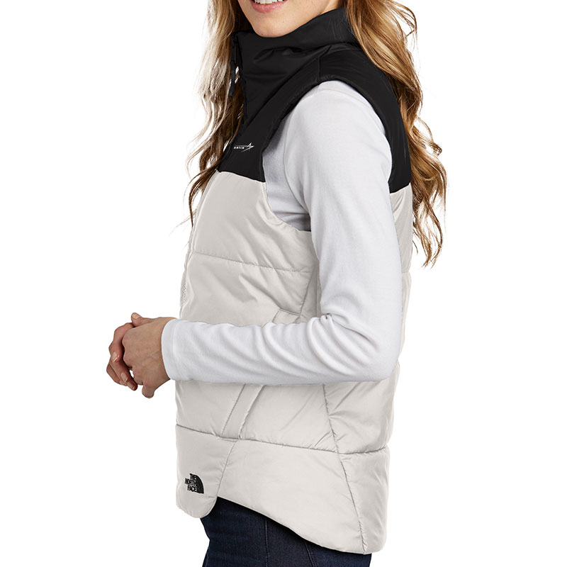 North-Face-Ladies-Everyday-Vest-White-Side-Model